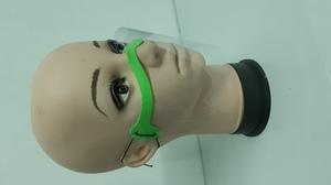 Piankowa przyłbica na nos i usta jasna zieleń